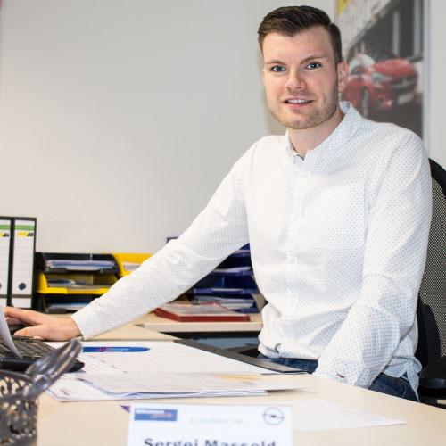 Sergej-Massold – Versicherung und Autovermietung