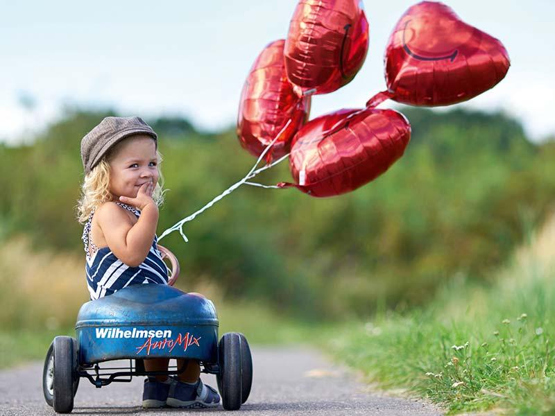 Herzballon-Mädchen